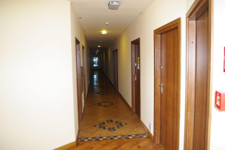 korytarz zajazd przy starej 2